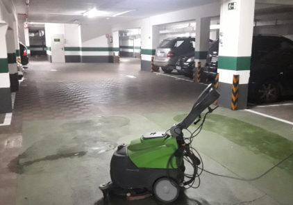 Fregadora para garajes y comunidades zaragoza
