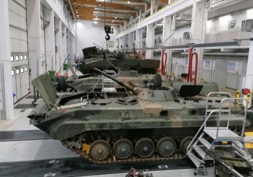 aspiración humos escape vehículos militares
